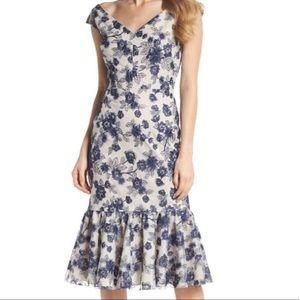 Girl meets Glam Dress